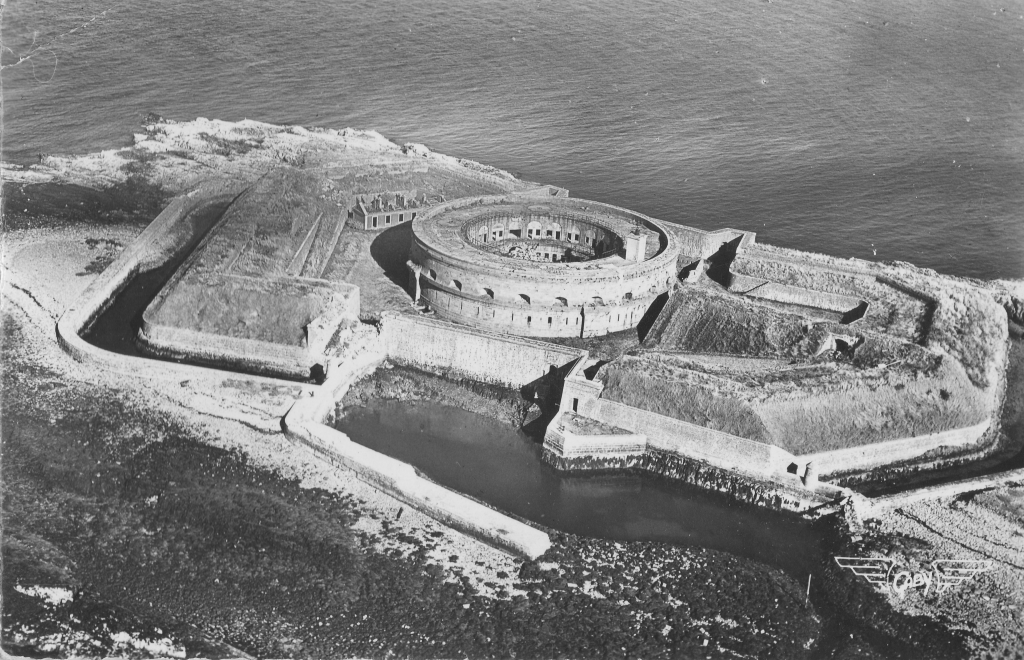 L'ile du large en 1956