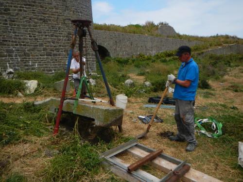 Manutention de blocs de pierre